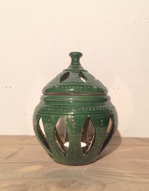 Medium ceramic candle lantern in green