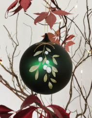 GREEN MISTLETOE GLASS BALL XMAS TREE DECORATION