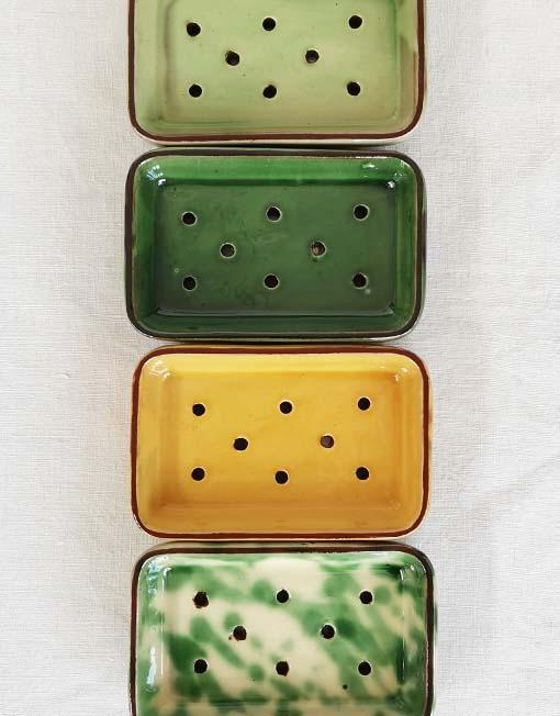 Jabonera de cerámica de La Bisbal