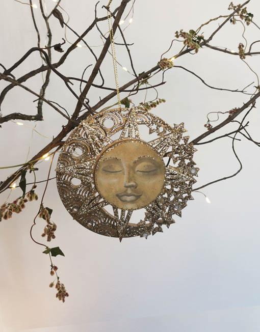 Plywood sun. Xmas decoration